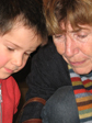Verbondenheid met de ander: oma en kleinzoon